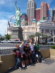 The team in front of New York New York