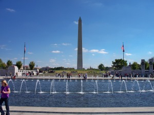 WW2 Memorial with Washington in distance