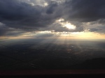 Sunbeams over the Albuquerque basin. Locals told me to head up at sunset - great advice!